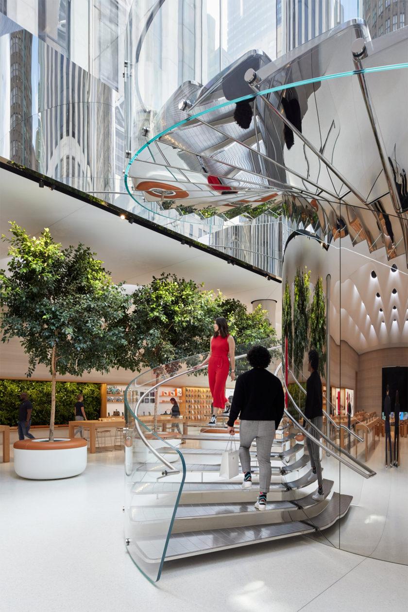 New Apple Fifth Avenue