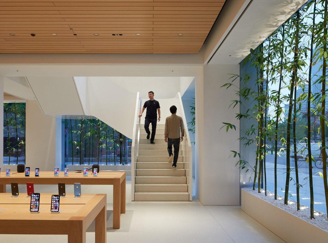 Apple Marunouchi Interior