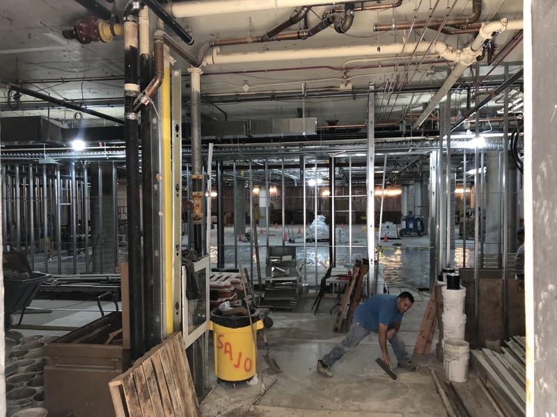 Csontrues at Apple Eaton Center