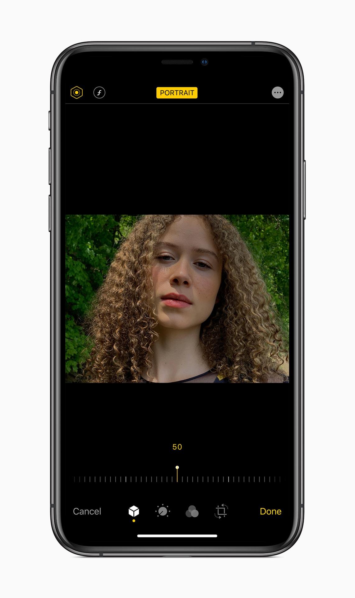 Cmera app on iOS 13