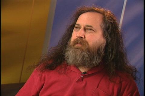 Richard Stallman criticizes Apple