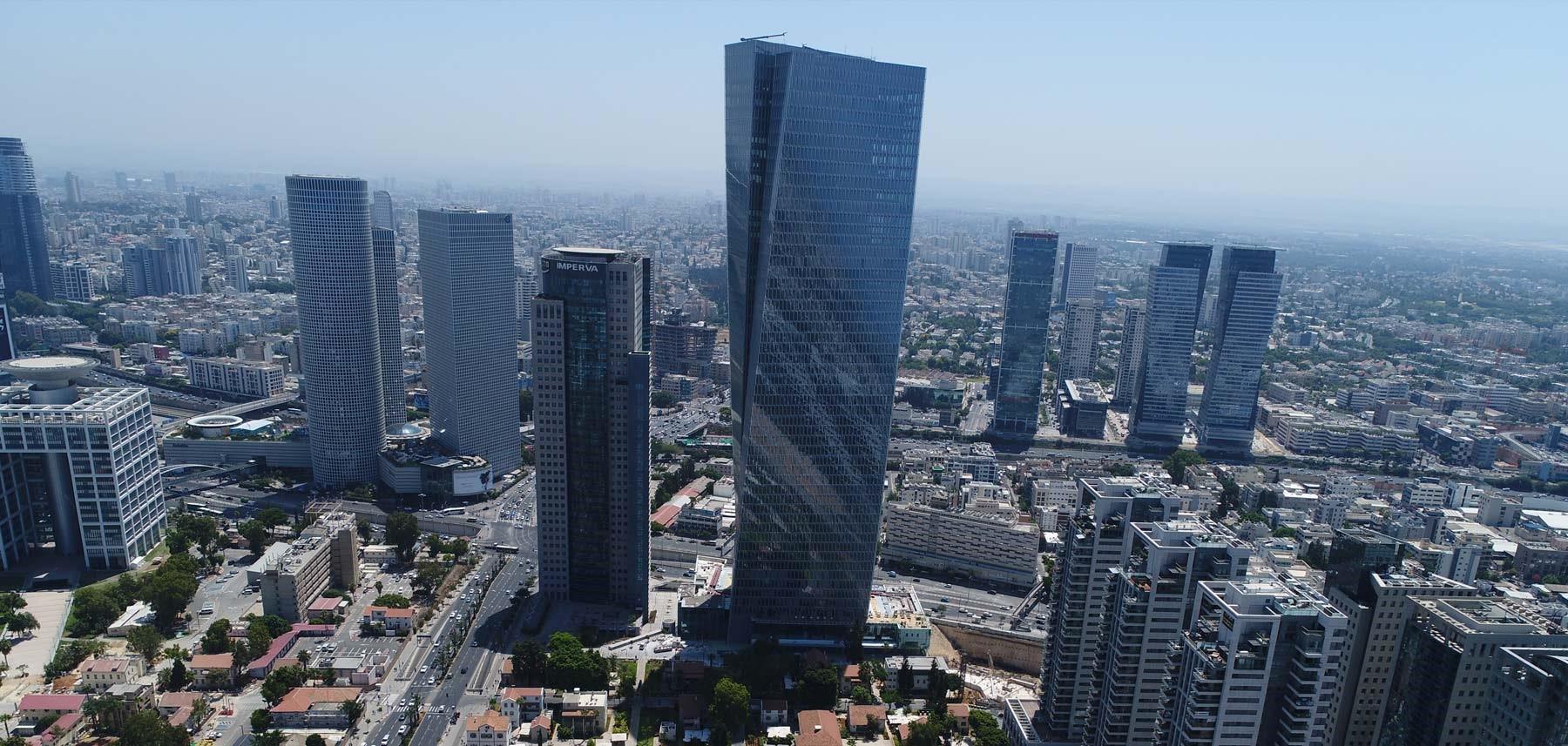 Azrieli Sarona Tower in Tel Aviv (Israel) where Apple would open a store