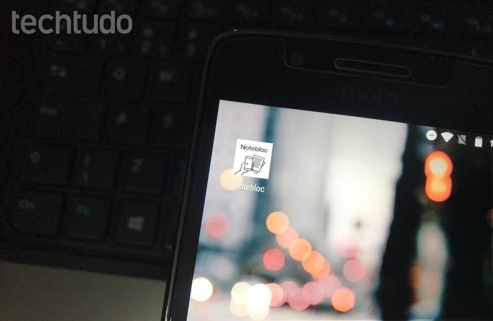 Notebloc digitizes pages of notebooks and books to facilitate mobile studies Photo: Rodrigo Fernandes / TechTudo