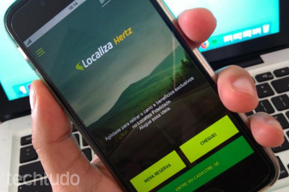 Book a car with your mobile phone through the Localiza app. Photo: Athus Silveira / TechTudo