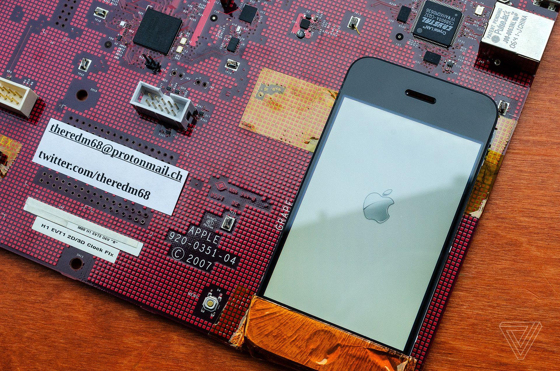 IPhone prototype (M68)