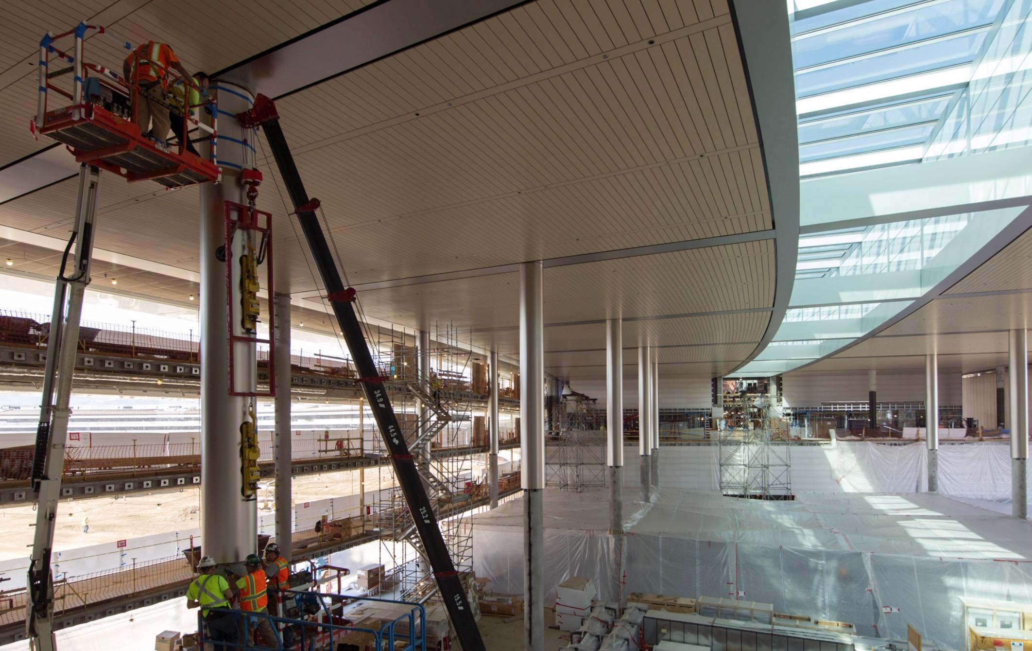 Apple Campus 2 cafeteria / cafeteria structure