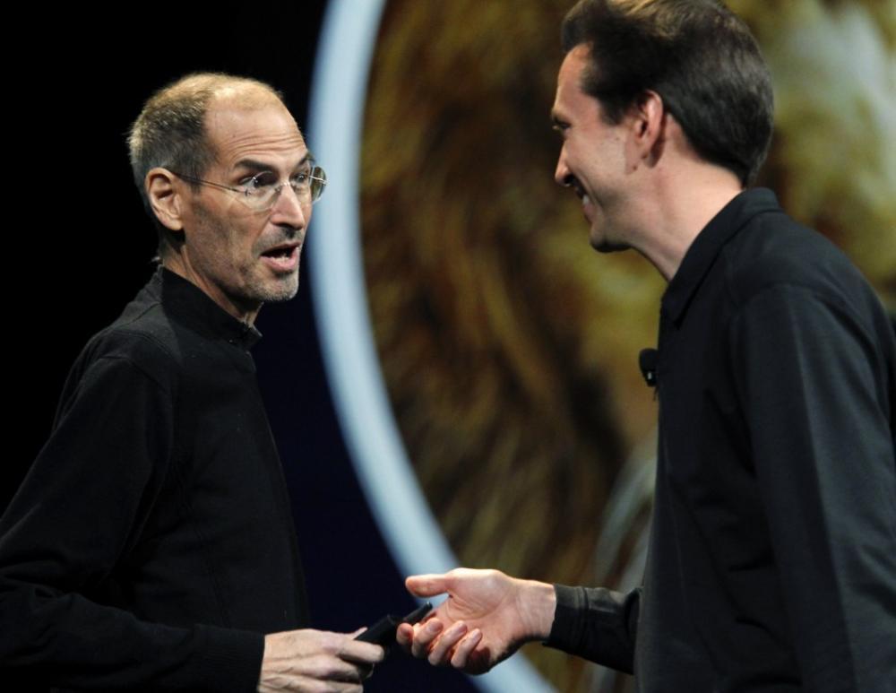 Steve Jobs and Scott Forstall at WWDC 2011