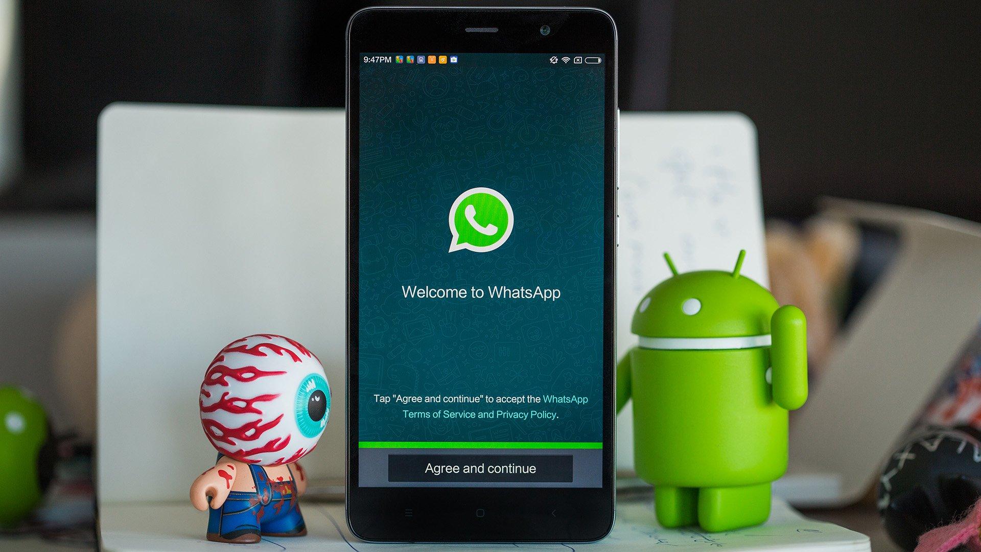 Segera akan mungkin untuk mentransfer uang melalui WhatsApp