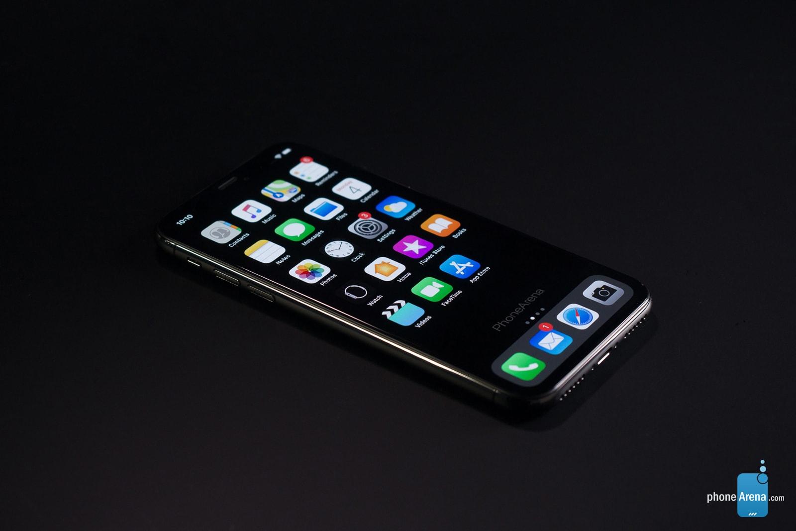 """Concept combines """"iPhone XI"""" rendering with iOS 13 Dark Mode"""