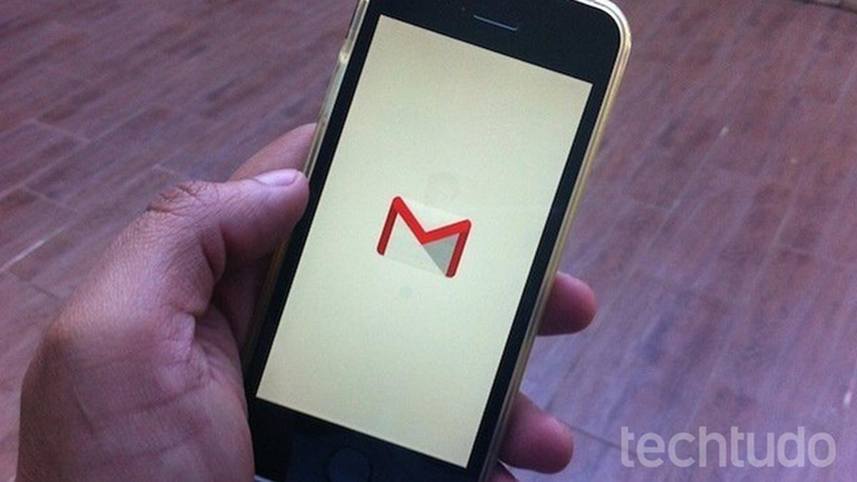 Cara memulihkan atau menghapus kontak Gmail di ponsel Android