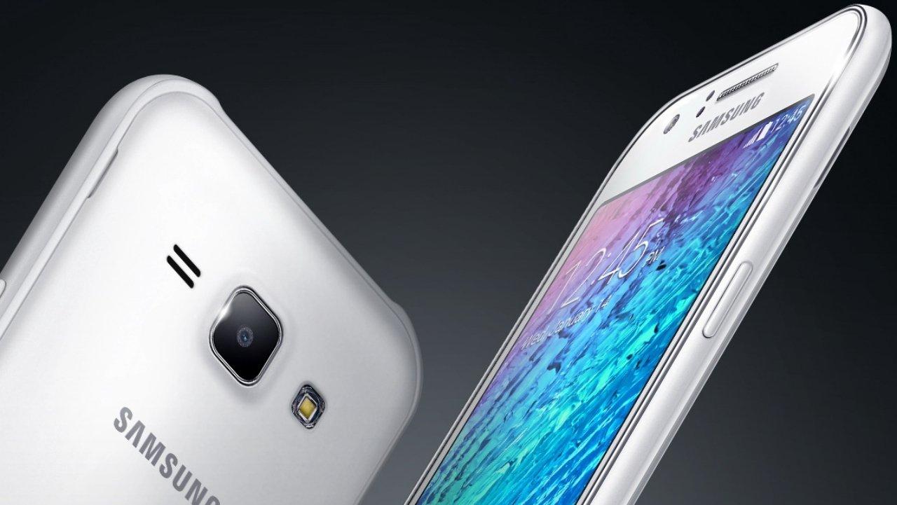 Galaxy J5 vs  Galaxy J7: perantara selfie yang baik diluncurkan dari R $ 949