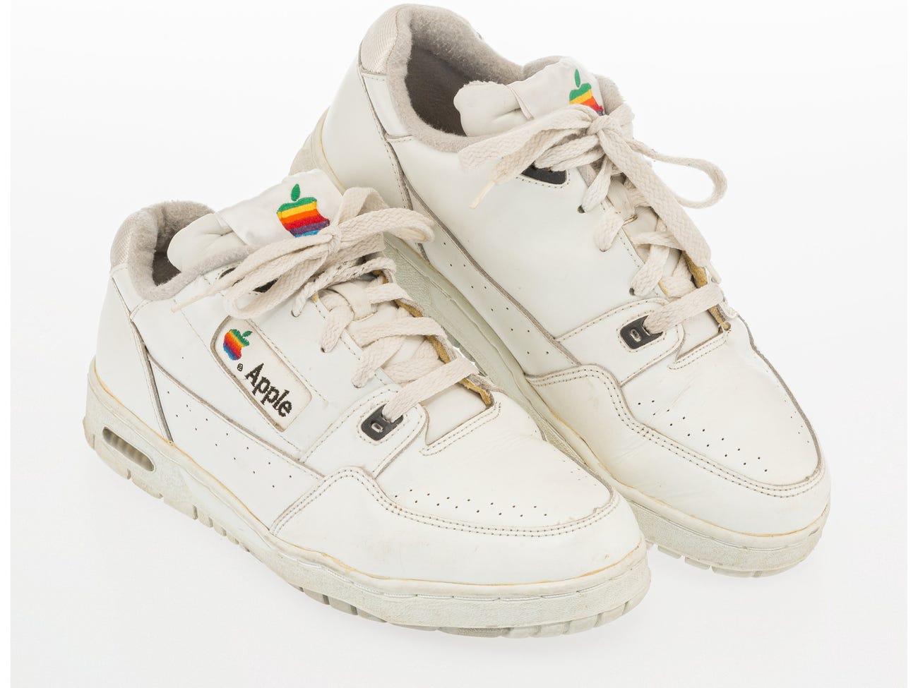 Par de tênis da Apple